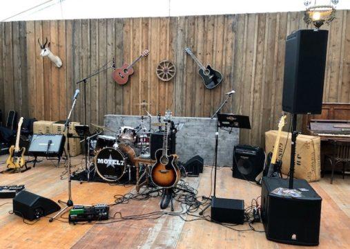 Tonaufnahme.ch - excellent live sound - MOTEL7, Western City Malans, Indoor